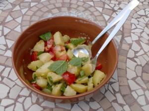 Lebanese Potato Salad, Batata Mtabbaleh maa Hamoud wa Toom